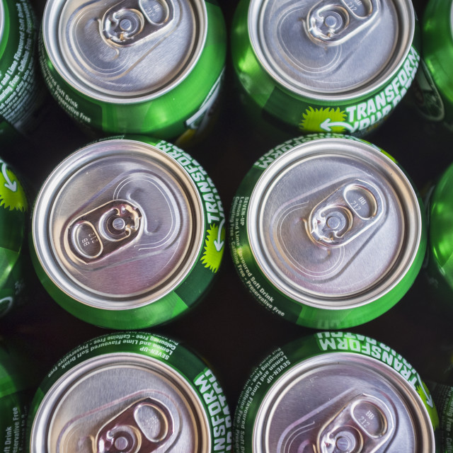 """Cans of 7up Drink, Showing Stay-on-Tab's"" stock image"