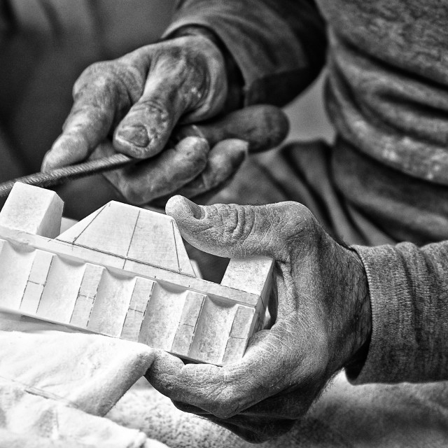 """Processing artifact of alabaster in Volterra village (Italy)"" stock image"