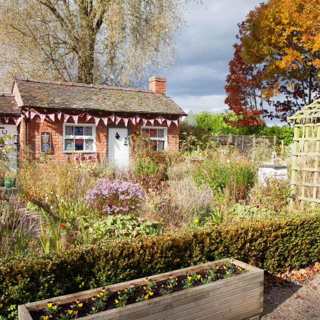 """""""The Old Cottage, a former Chelsea Flower Show winning garden in 1988, at Bridgemere Nursery and Garden World Cheshire England UK"""" stock image"""