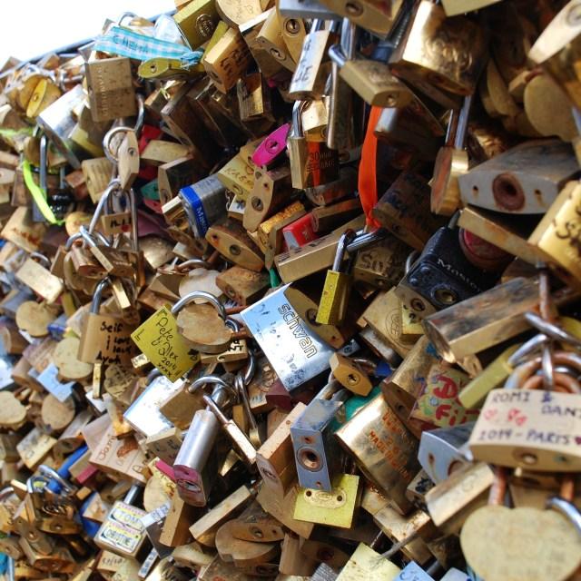 """""""Love locks, Paris"""" stock image"""
