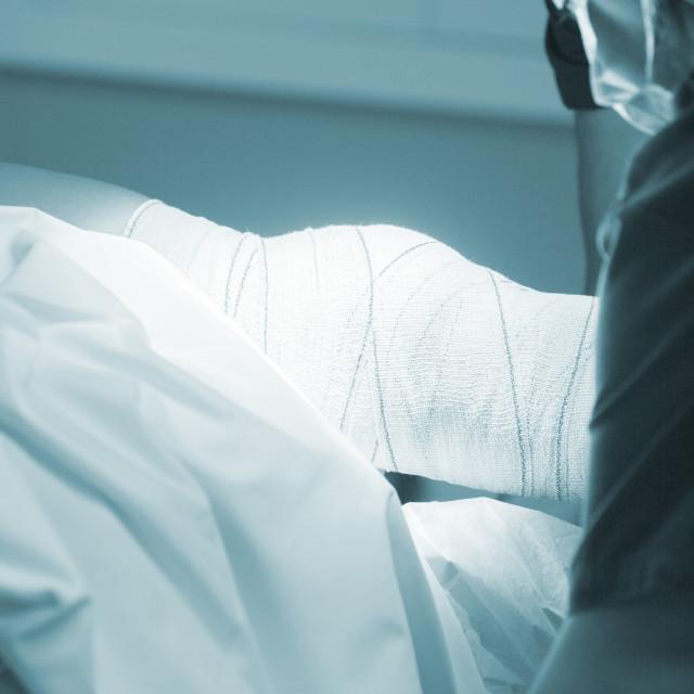 """""""Traumatology orthopedic surgery knee bandaging"""" stock image"""