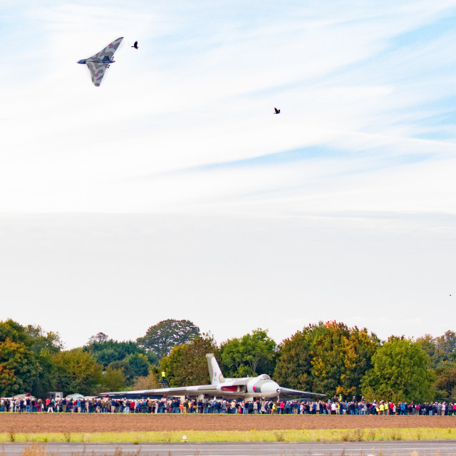 """Vulcan XH558 and XM655 Wellsbourne"" stock image"