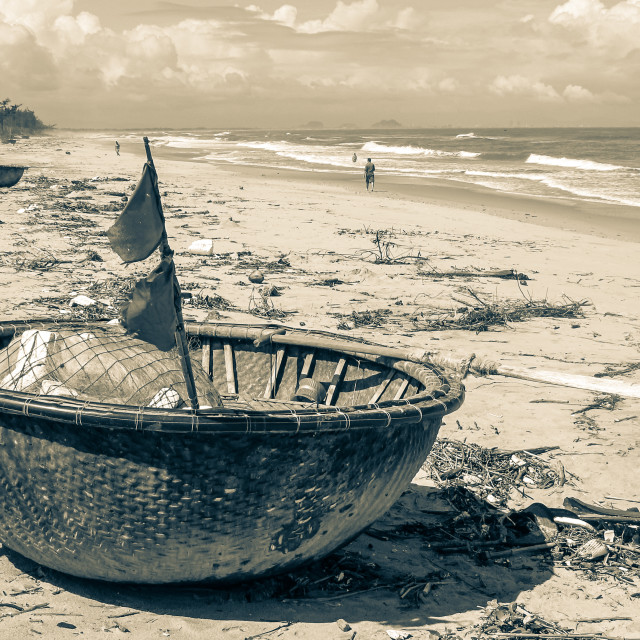 """""""Coracle On The Beach"""" stock image"""