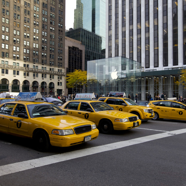 """""""Yellow Cabs and Apple Store, NYC"""" stock image"""