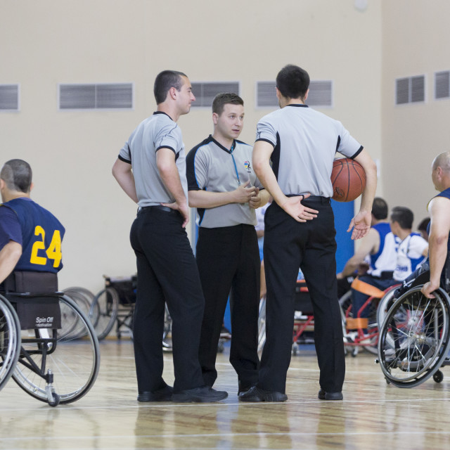 """""""Basketball in wheelchairs for physically disabled players judges"""" stock image"""