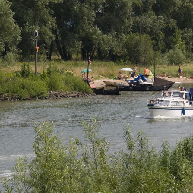 """""""recreatie bij de rivier"""" stock image"""