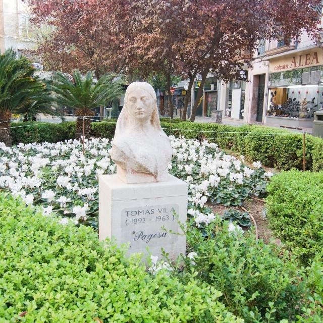 """Statue of Thomas Vila"" stock image"