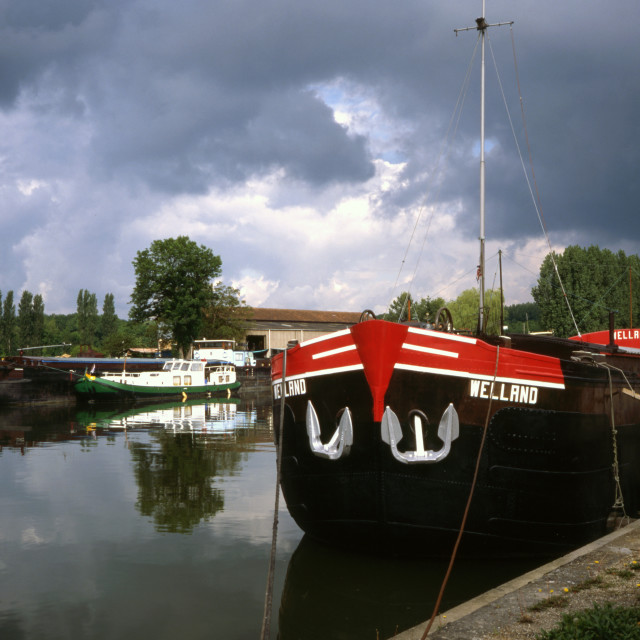 """""""Barges at St Mammes"""" stock image"""