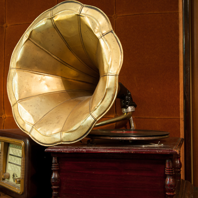 """""""Old gramophone with golden horn and wooden body"""" stock image"""