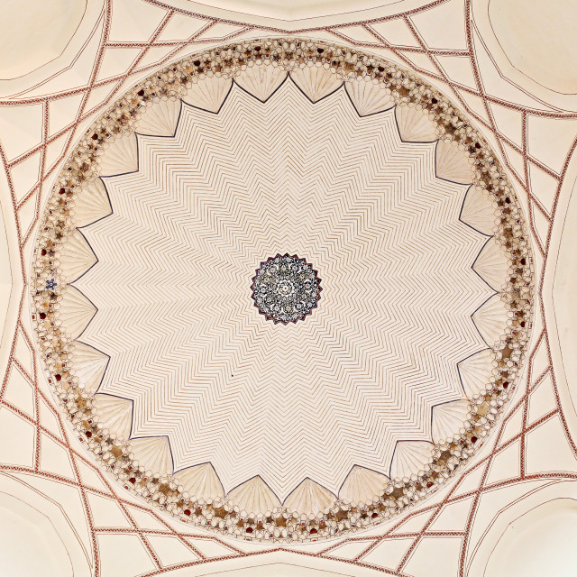 """INSIDE VIEW OF THE DOME OF HUMAYUN'S TOMB,NEW DELHI, INDIA"" stock image"