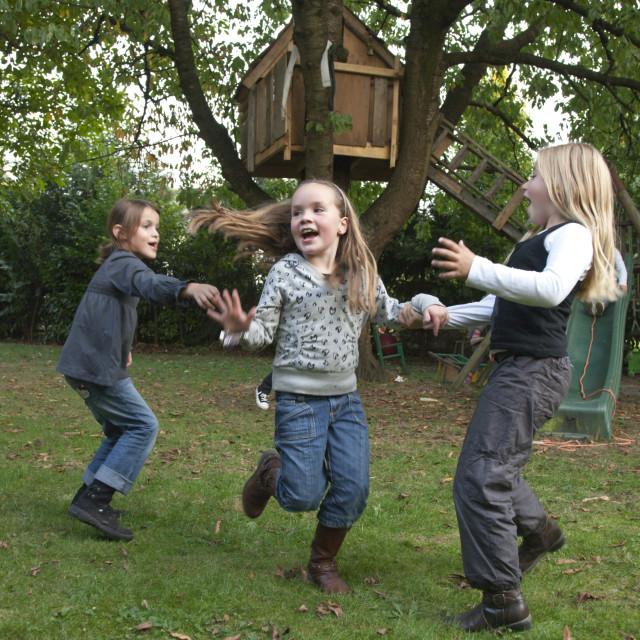"""""""Kinderen; boomhut; treehut"""" stock image"""