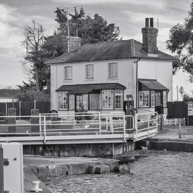"""The lock keepers Cottage"" stock image"