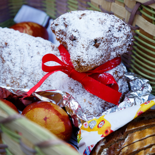 """""""Sainted Easter lamb cake and bread in a basket"""" stock image"""