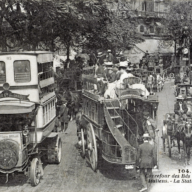 """""""old postcard of bets, crossroads Montmartre boulevard and of the Italians, station of the slow trains"""" stock image"""