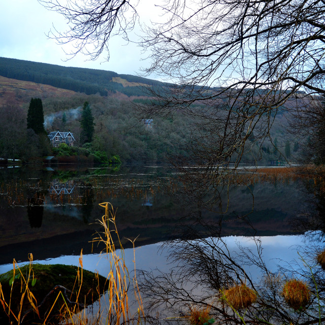 """""""A Lodge on the Loch"""" stock image"""