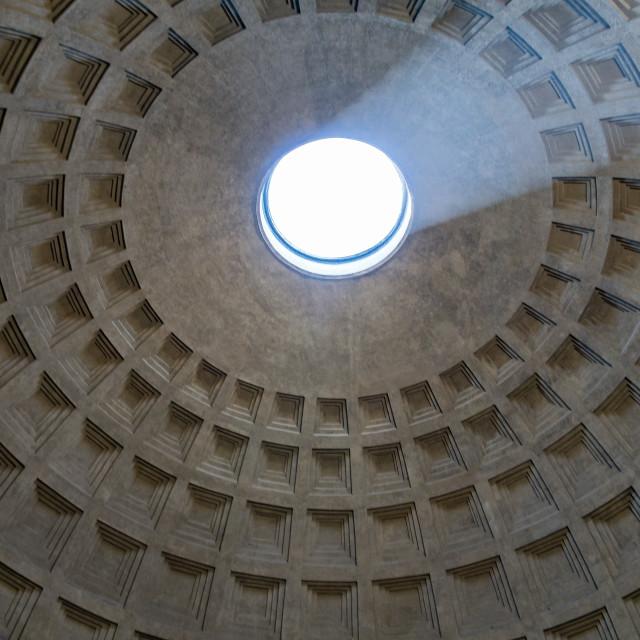 """""""Pantheon oculus"""" stock image"""