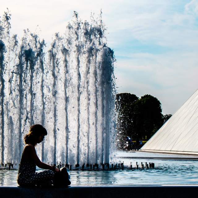 """The fountain reader"" stock image"
