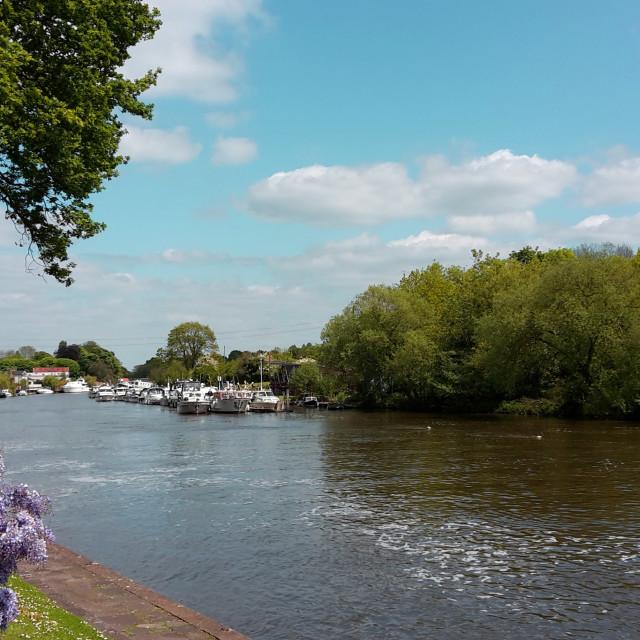 """""""Sunbury on Thames"""" stock image"""