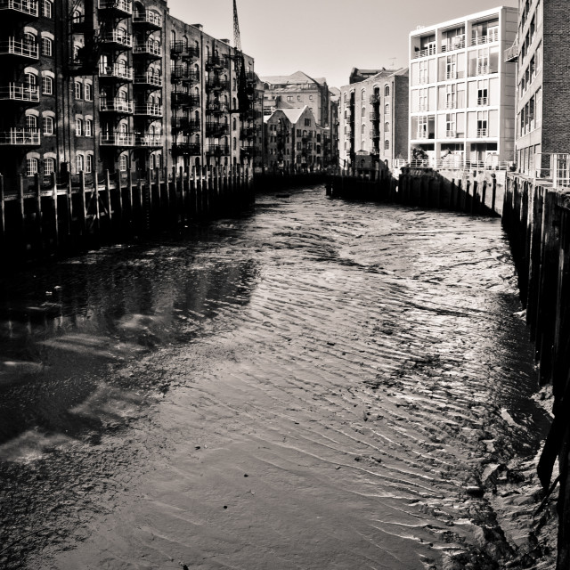 """""""Shad Thames at low tide"""" stock image"""