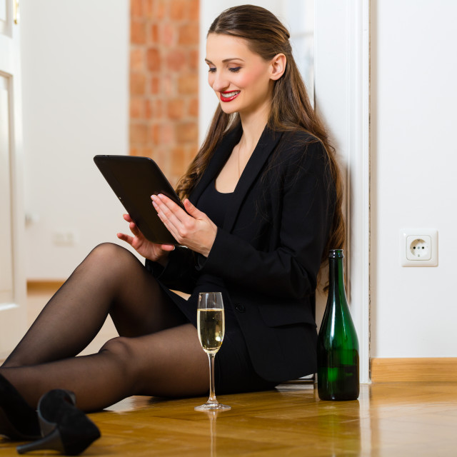 """""""Woman using Internet for online Dating"""" stock image"""