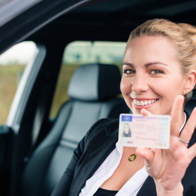 Гифки хорошего, картинка с водительскими правами
