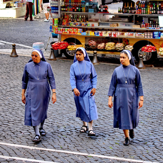 """3 nuns"" stock image"