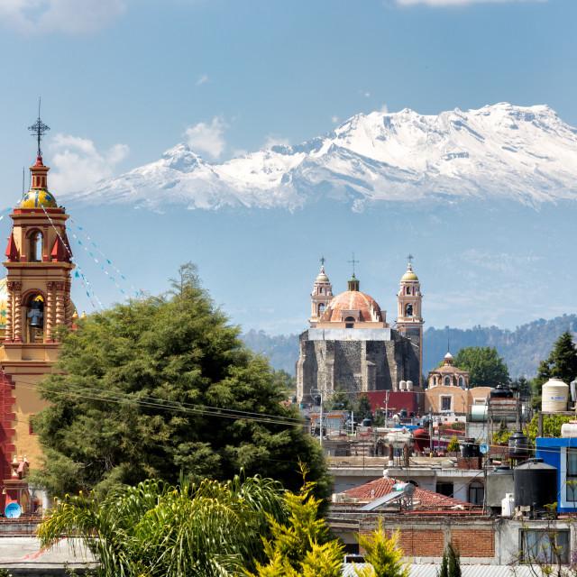 """""""A landscape photograph of the malinche volcano in Puebla, Mexico."""" stock image"""