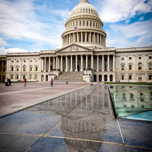 """""""Washington Capitolio and stone reflection"""" stock image"""