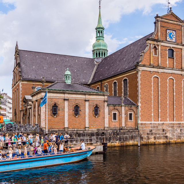 """""""People get off canal boat at Holmens church, Copenhagen"""" stock image"""
