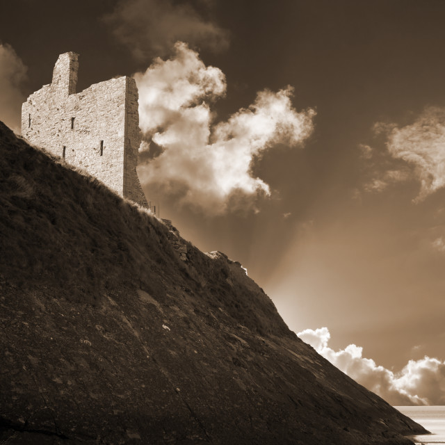 """""""ballybunion castle and the cliff face"""" stock image"""