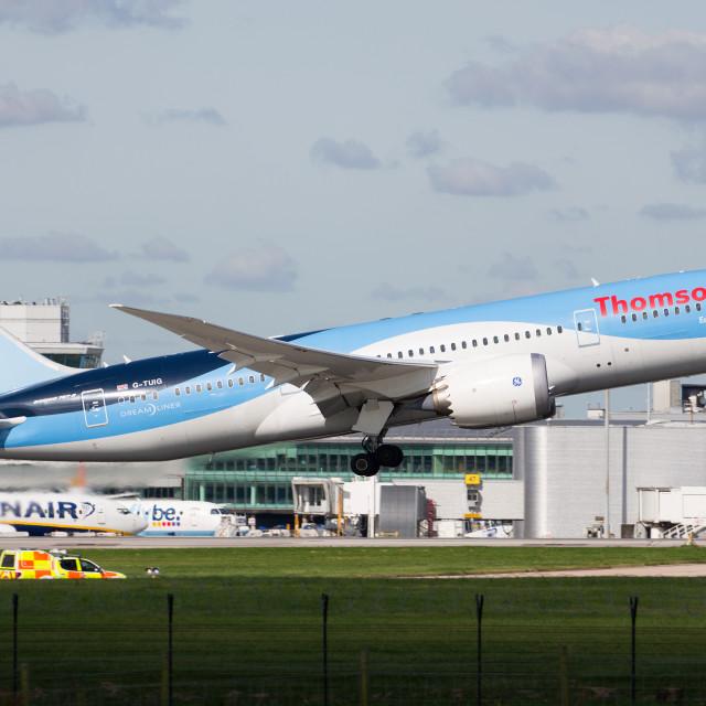 """00070 Thomson Airways 787-8 Dreamliner"" stock image"