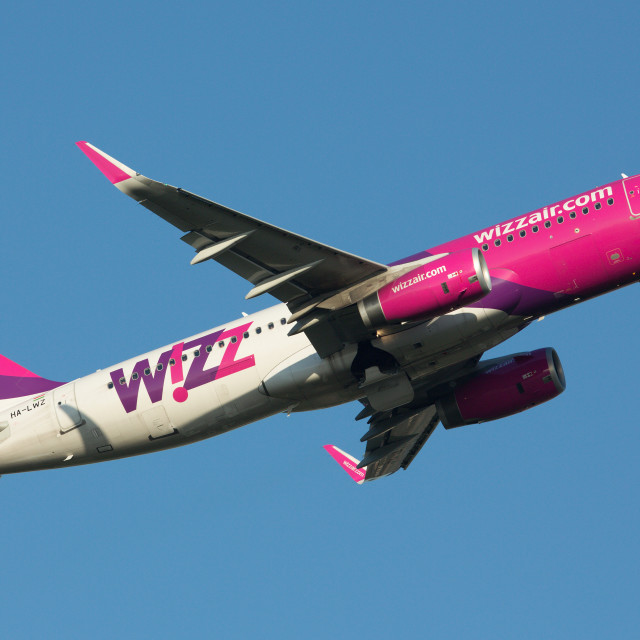 """""""00074 Wizzair A320"""" stock image"""