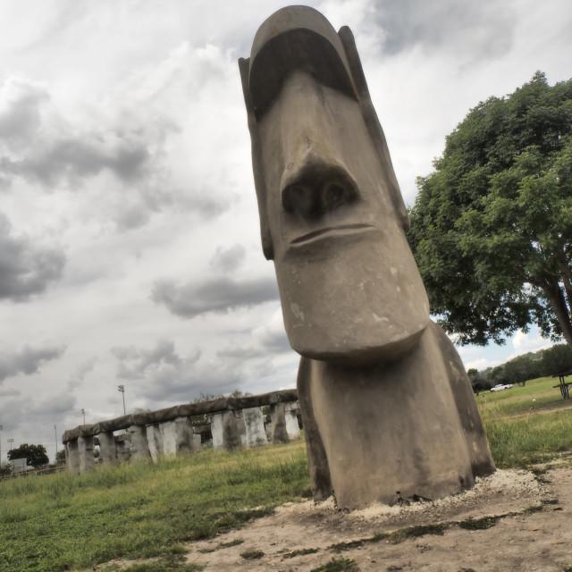 """""""Maoi and Stonehenge II in Texas"""" stock image"""