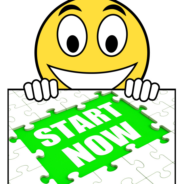 """""""Start Now Sign Means Begin Immediately Or Don't Wait"""" stock image"""