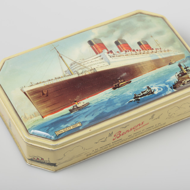 """Old Benson Candies tin box depicting ship Queen Mary"" stock image"