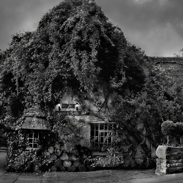 """Wizards Thatch hotel,Alderney edge,Cheshire"" stock image"