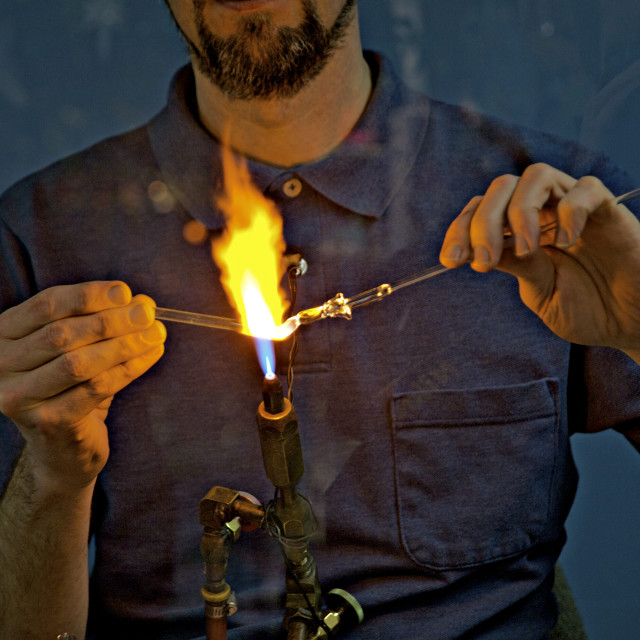 """""""Glass blowing artist displaying his craftsmanship in a store, Helen, Georgia"""" stock image"""