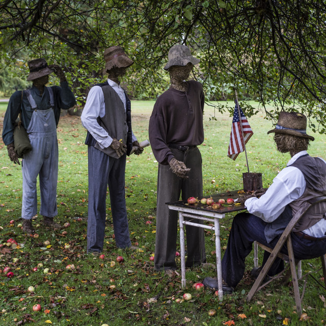 """Straw-man reenactment of army recruitment efforts to enlist black men following Lincoln's Emancipation Proclamation. 54th Massachusetts regiment."" stock image"