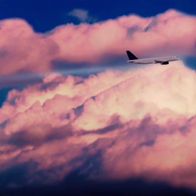 """""""Nubes con avión"""" stock image"""