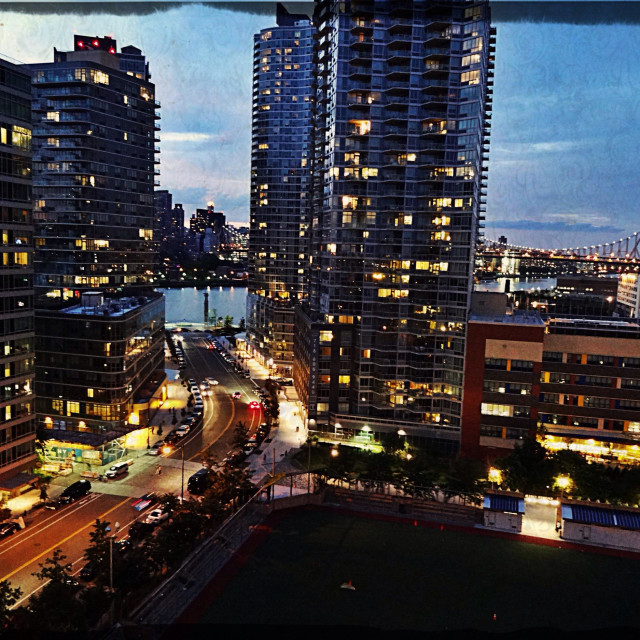 """""""Luxury rentals in Long Island City at sunset"""" stock image"""