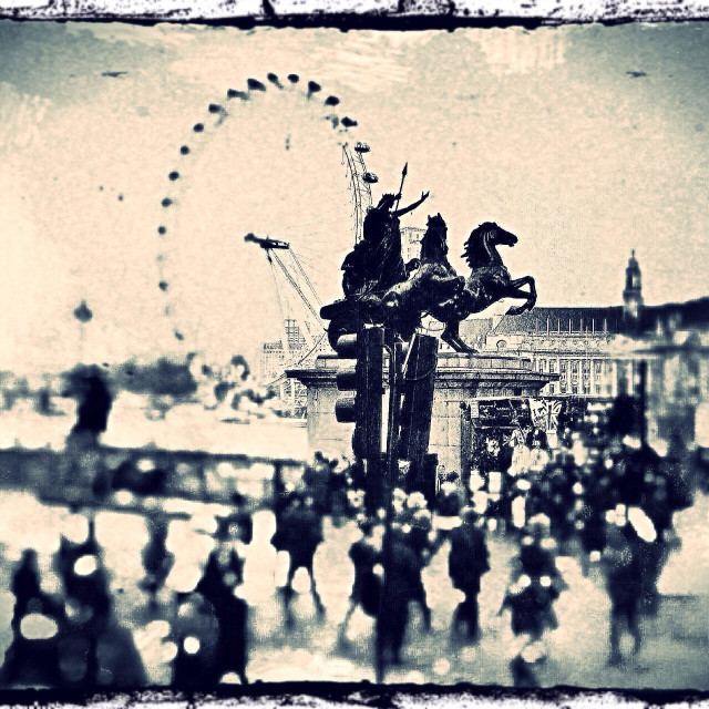"""""""The Boadicea and her daughters statue at Westminster Pier showing the London Eye in distance, City of Westminster, Central London, England, United Kingdom, Europe"""" stock image"""