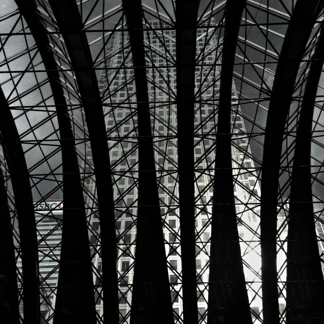"""""""Canary Wharf dlr station roof"""" stock image"""