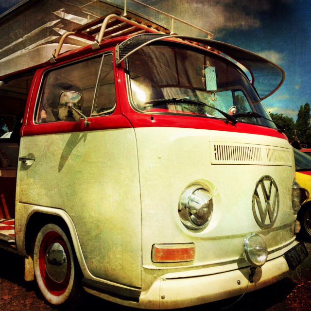 """""""An 'early bay' Type 2 VW Campervan."""" stock image"""