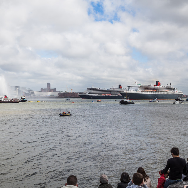 """""""Crowds watch the Three Queens from the banks of the Mersey."""" stock image"""