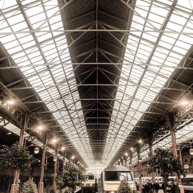"""""""Christmassy Marylebone Station"""" stock image"""