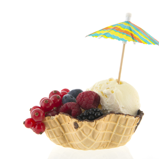 """""""Cup vanilla ice with fruit and parasol"""" stock image"""
