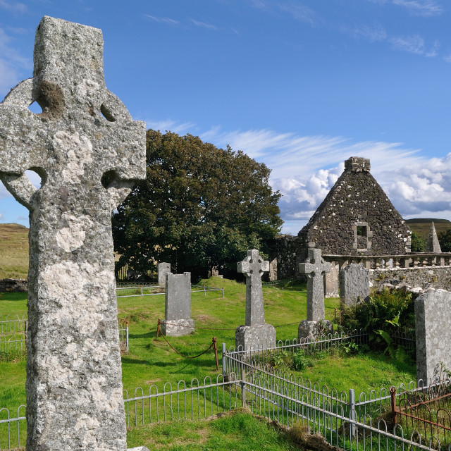 """""""Celtic Cross at St Mary's church, Dunvegan, Skye"""" stock image"""