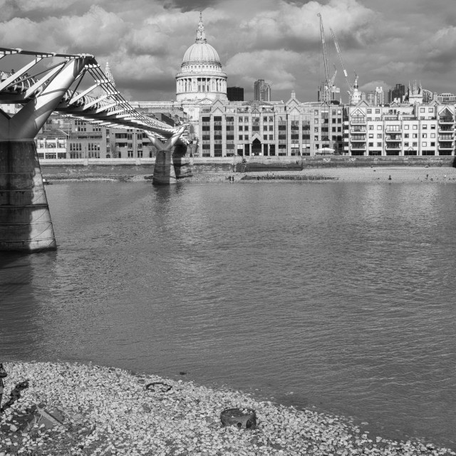 """Shore to shore across the Thames"" stock image"