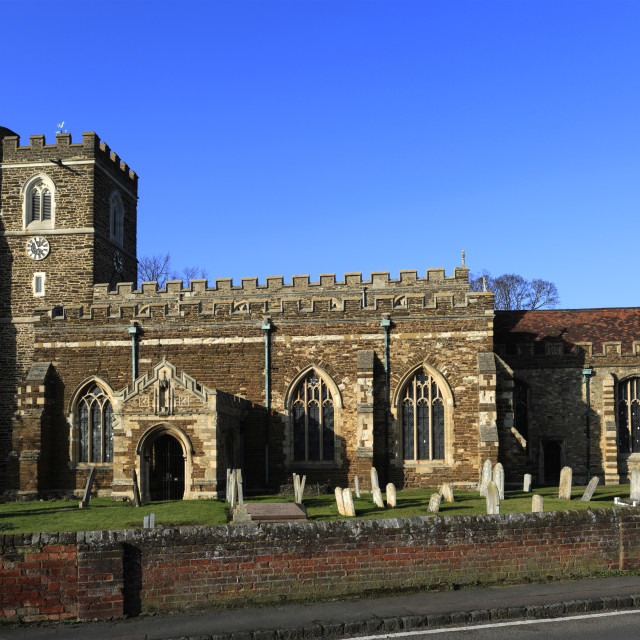 """All Saints parish church, Houghton Conquest village, Bedfordshire county,..."" stock image"