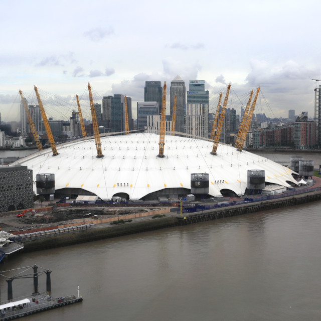 """""""View of the Millenium Dome from the Emirates Air Line (cable car), River..."""" stock image"""
